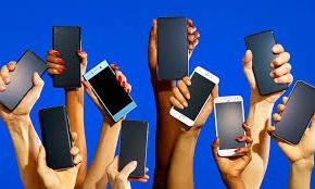 il calo delle vendite dei cellulari